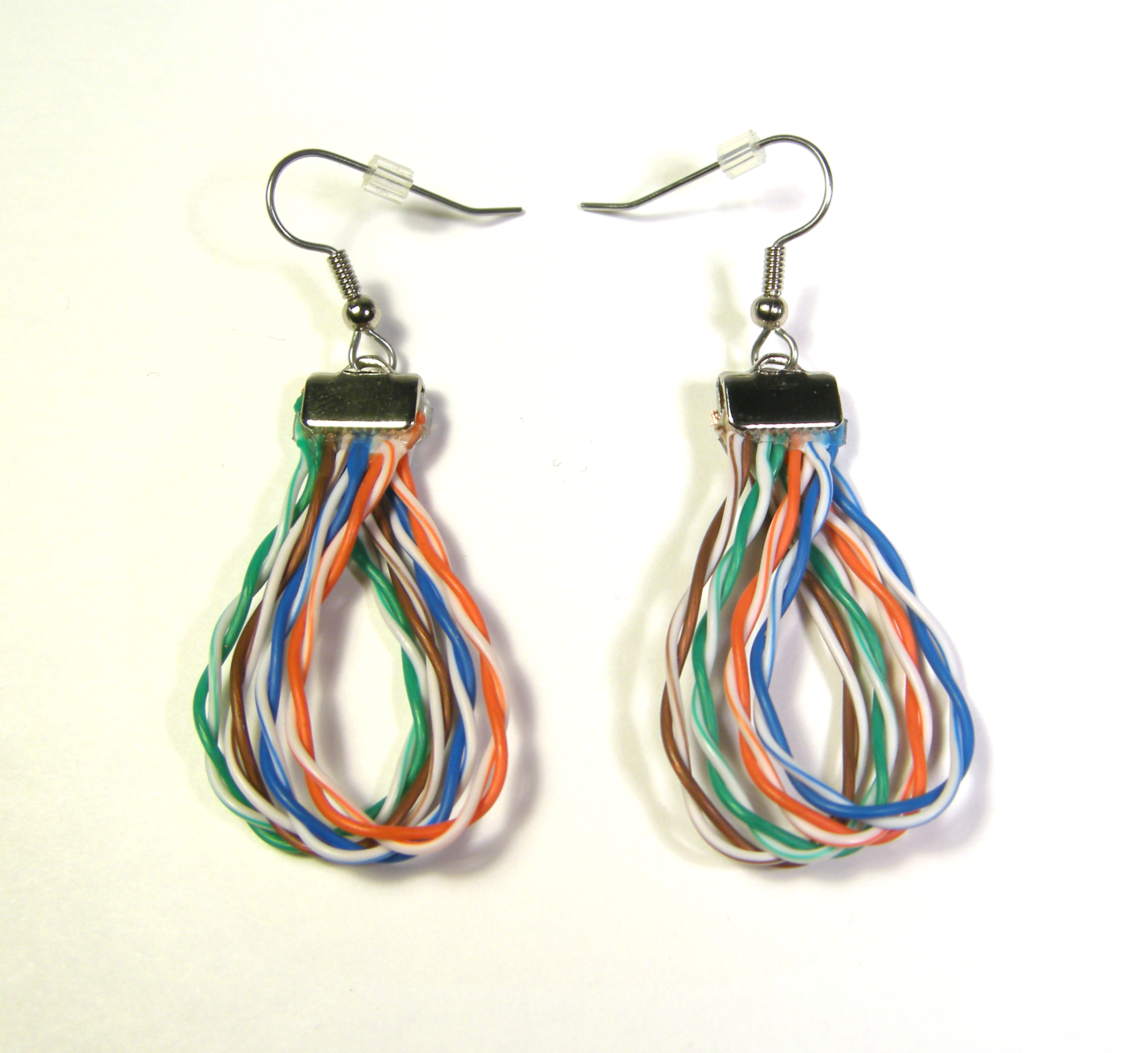 cat5_earrings2014